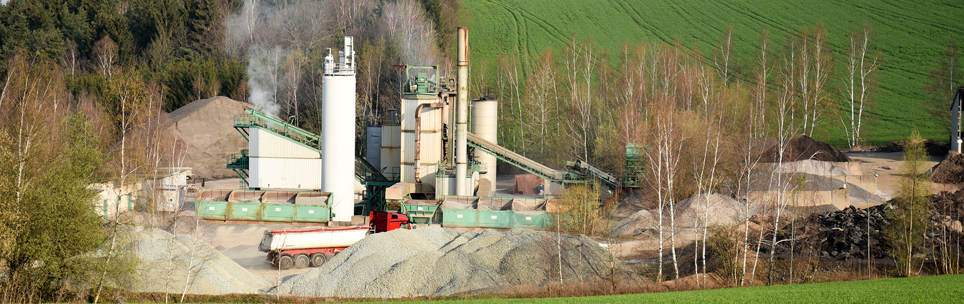 Production of asphalt mixtures and special asphalts